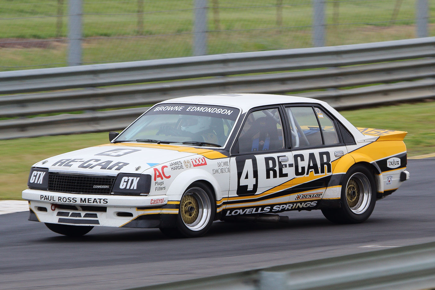 Heritage Touring Cars at Historic Sandown 2019